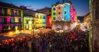 Christmas themed projections - Como Magic Light Festival