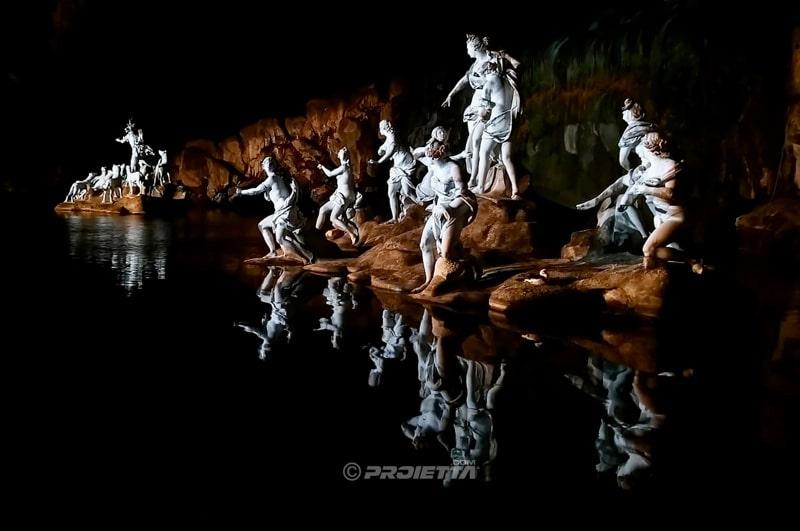 Illuminazione statua vanvitelli